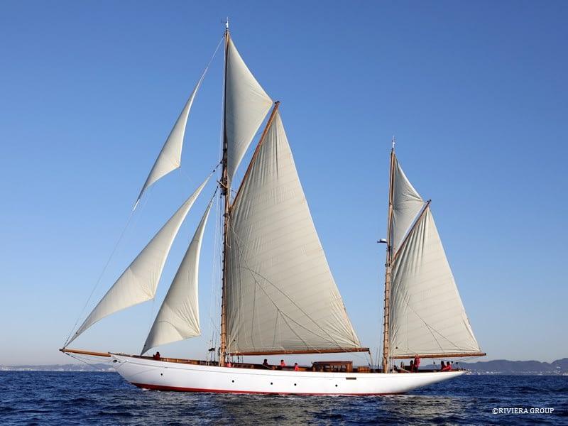 "News — CYNARA Wins ""Classic Boat Awards 2021"""